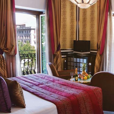 hotel_regina_baglioni_romelesclefsdor_02
