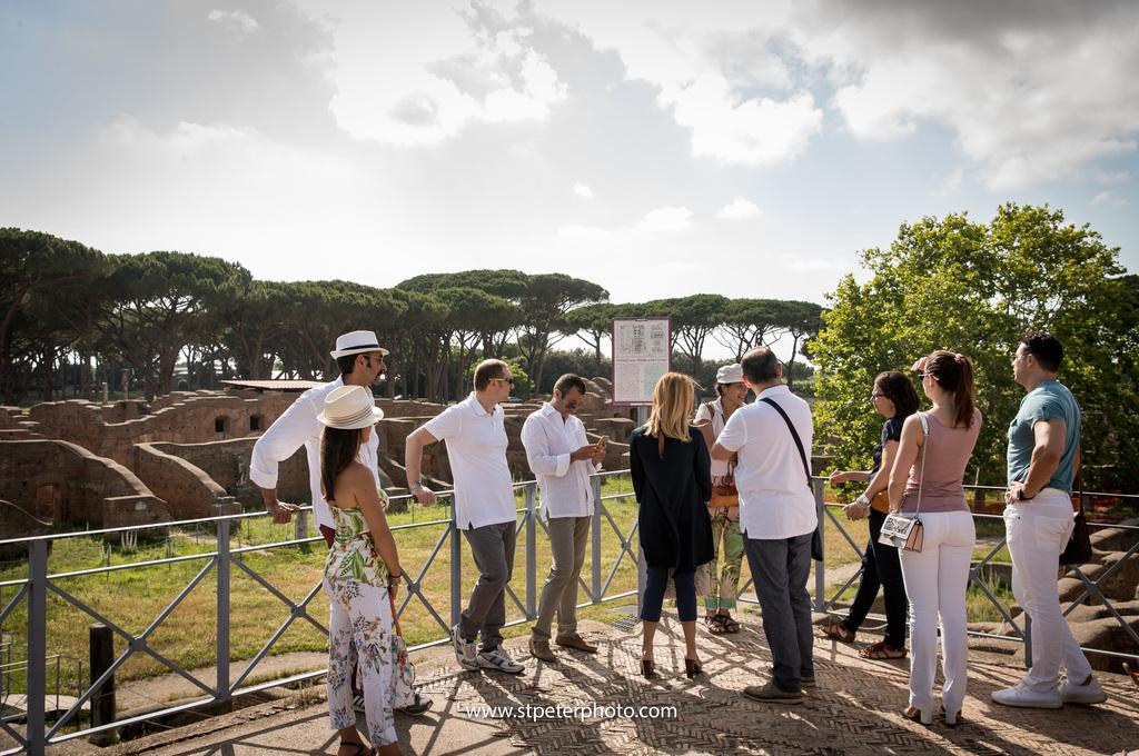 https://www.romelesclefsdor.com/wp-content/uploads/2018/06/Ancient-Ostia-Rome-Concierge-Clefs-dOr-1.jpg