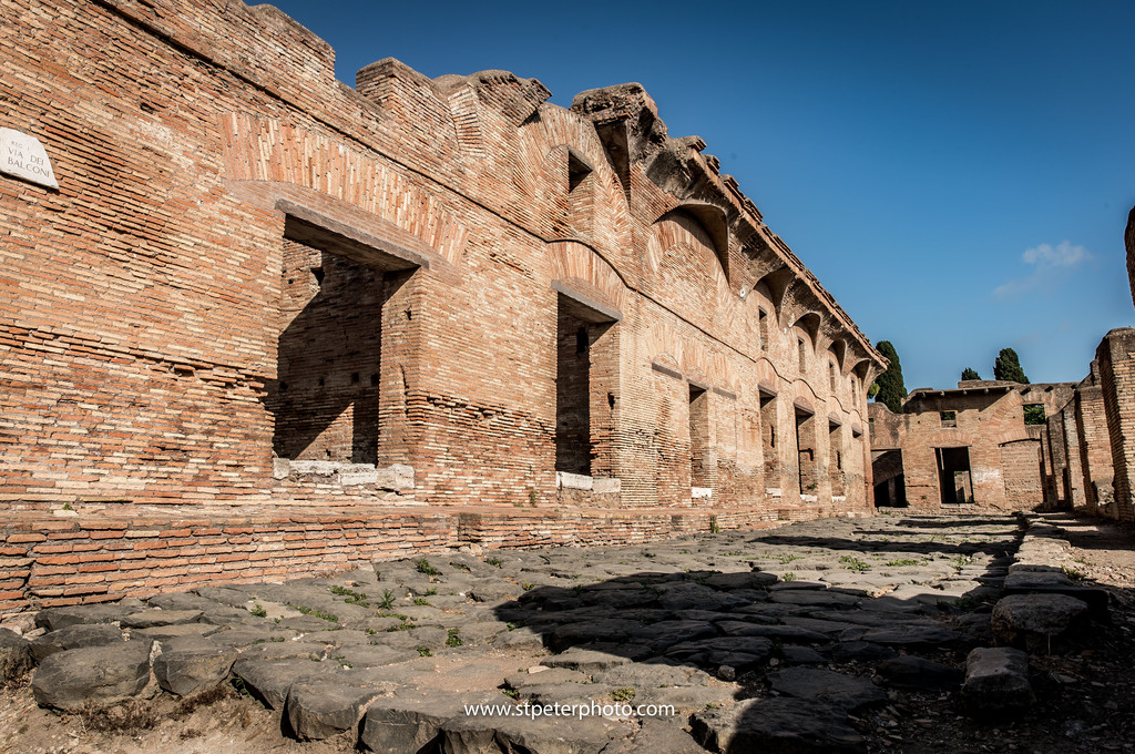 https://www.romelesclefsdor.com/wp-content/uploads/2018/06/Ancient-Ostia-Rome-Concierge-Clefs-dOr-10.jpg
