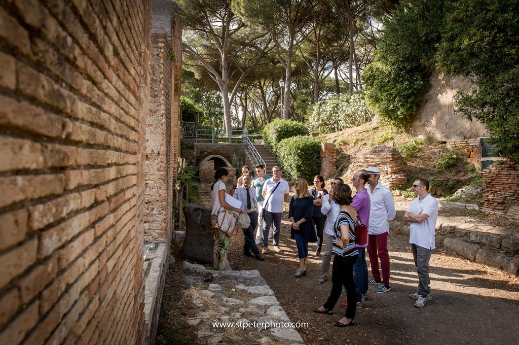 https://www.romelesclefsdor.com/wp-content/uploads/2018/06/Ancient-Ostia-Rome-Concierge-Clefs-dOr-11.jpg