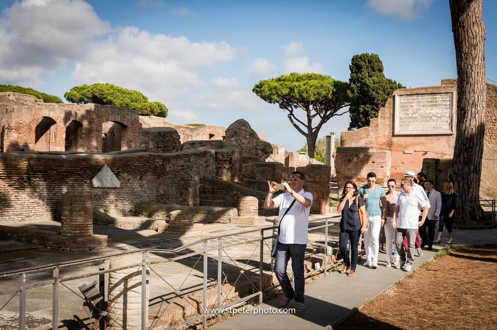 https://www.romelesclefsdor.com/wp-content/uploads/2018/06/Ancient-Ostia-Rome-Concierge-Clefs-dOr-4.jpg