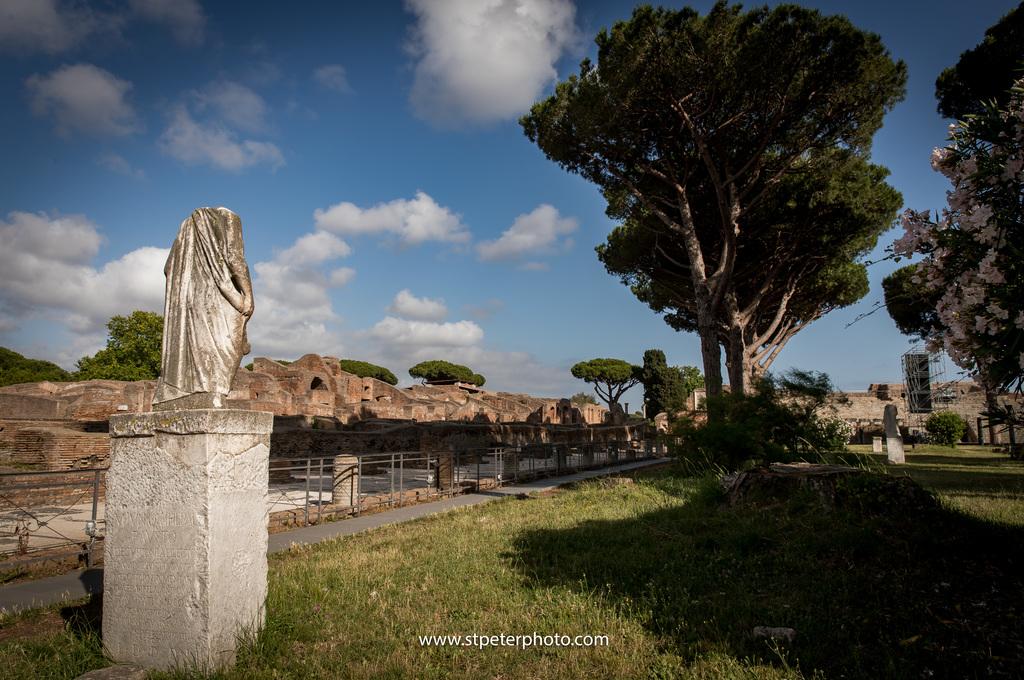 https://www.romelesclefsdor.com/wp-content/uploads/2018/06/Ancient-Ostia-Rome-Concierge-Clefs-dOr-6.jpg