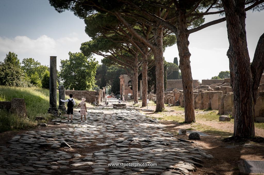 https://www.romelesclefsdor.com/wp-content/uploads/2018/06/Ancient-Ostia-concierge-Clefs-dOr-2.jpg