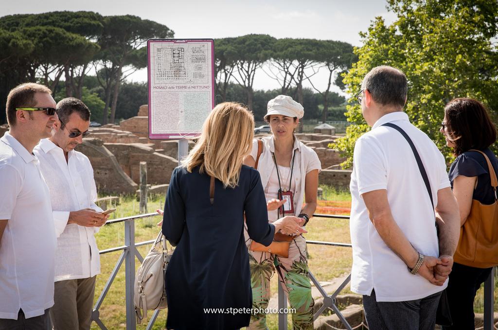 https://www.romelesclefsdor.com/wp-content/uploads/2018/06/Ancient-Ostia-concierge-Clefs-dOr-4.jpg