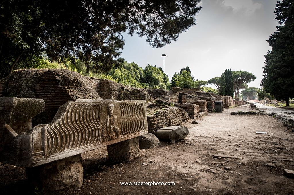 https://www.romelesclefsdor.com/wp-content/uploads/2018/06/Ancient-Ostia-concierge-Clefs-dOr.jpg