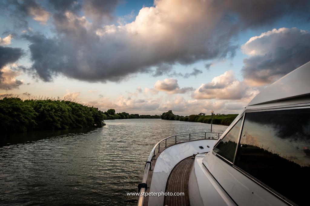 https://www.romelesclefsdor.com/wp-content/uploads/2018/06/Principessa-Yacht-RomeConciergeclefsdor-15.jpg