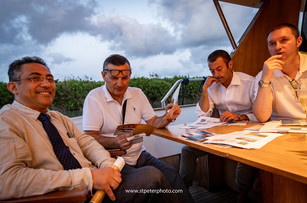 https://www.romelesclefsdor.com/wp-content/uploads/2018/06/Principessa-Yacht-RomeConciergeclefsdor-25.jpg